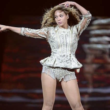 beyonce in silver