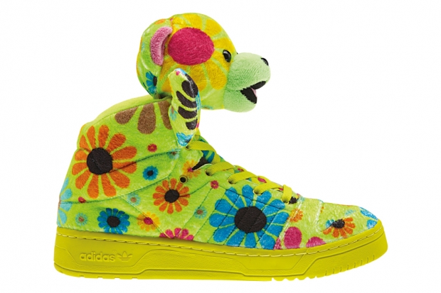 adidas-originals-by-jeremy-scott-2012-fall-winter-js-bear-01-620x413