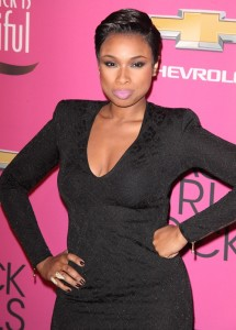 jennifer-hudson-hair-28oct13-01