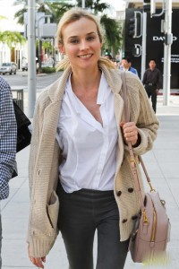 diane-kruger-fendi-shopping-01